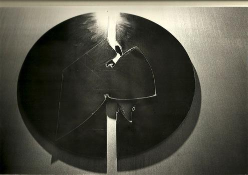20130510161938-scultura_pannello_in_ferro