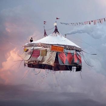 20130514194854-laurentchehere_flyinghouses__6_