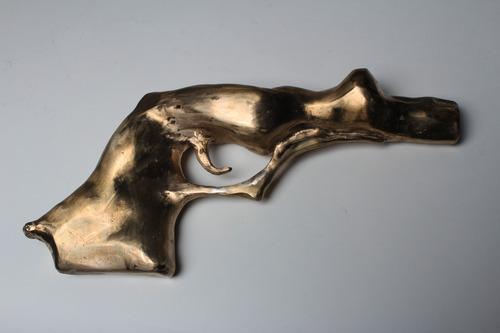 20130525135656-sex_pistol_with_adj