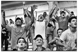 20130606015811-cubanbaseballfans
