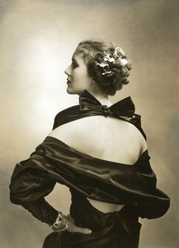 20130606165937-actress_mary_heberden_1935_c__edward_steichen_courtesy_conde_nast_publications_topcarousselportrait