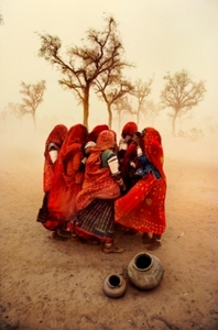 20130613192736-mccurry___steve_dust_storm-india