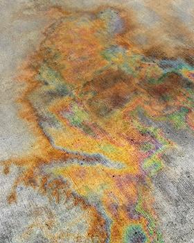 20130621201937-oil_spill