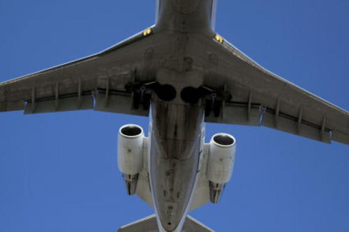 20130623023116-landingjet3517