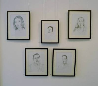 20130704063724-dean_mills__family_portraiture__pencil_on_paper_series