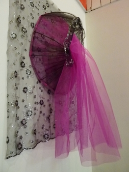 20130705192456-gueorguiev_our_lady_of_immanency_2013_side_view_aluminum_wire_tulle_fabric_thread