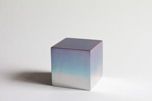 20130717153315-reflection_cube