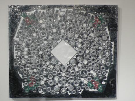 20130718080813-handkerchief