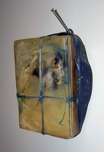 20130718185421-etinglof__prey_tell__10_x12_oil__resin__wire_on_panel