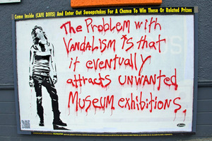 20130807093010-20_vandalism-2