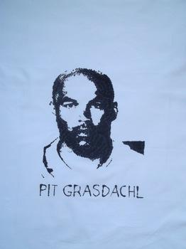 20130812094018-pit_grasdachl___klein