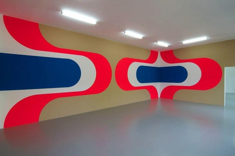 20130815082940-wall_painting___untitled__-_jan_van_der_ploeg__2013__acrylic_on_wall__pink_moon___organising_principles__9_june_-_11_august__new_art_space_amsterdam