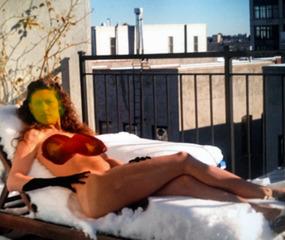 20130818005417-genevieve_white_reclining