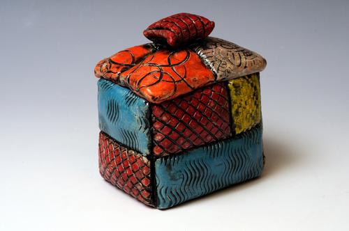 20130825232928-pillowbox1w