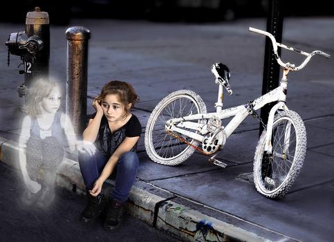 20130830221734-ghost_bike_2