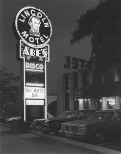 20130911194736-lincoln_motel_and_abe_s_disco__newark__nj__1981