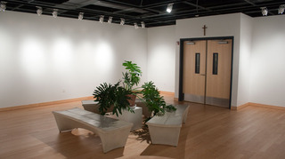 20130917184658-steckline-gallery-empty-0379