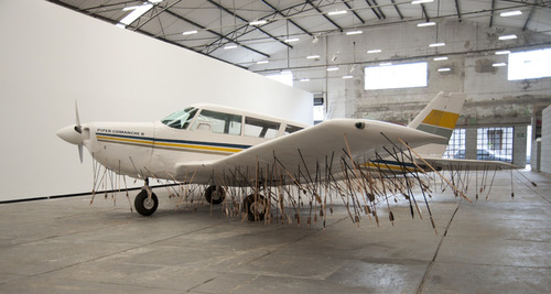 20130918030232-3-airplane