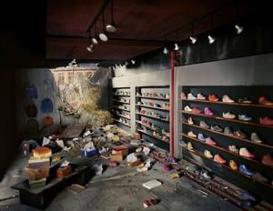 20131007233350-shoe-store1-680x526