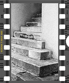 20131008091916-kodak-max400-stairs