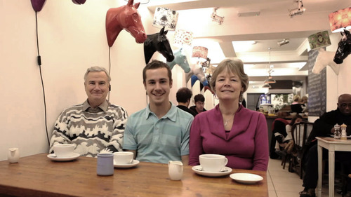 20131014105754-rob_crosse__family_coffee__2012