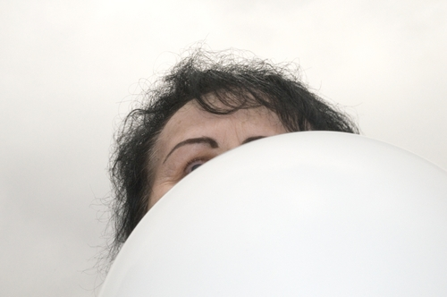 20131026113806-48__woman_behind_balloon_2105-edit_2_printed_09