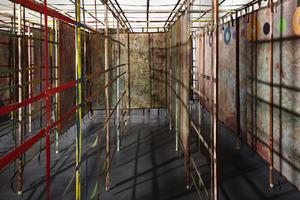 20131107053244-2012-08-01-alan-shields-maze-0242