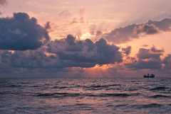 20131212124124-dsc_1895a4_fichosa_sunrise_sharp