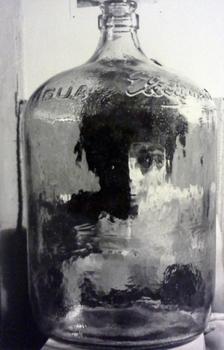 20131213231411-botellon