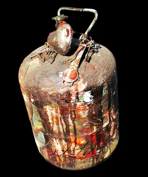 20140101195911-the_bomb_img_9322