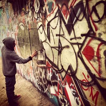20140211021923-grafitti_in_la_resize