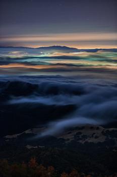 20140218064832-foggy_night