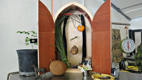 20140219004914-earthy_altar