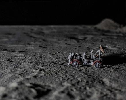 20140301211219-lunar_harvest_pulitzer_page_06
