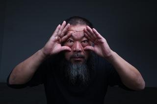 20140515074534-mgb14_p_ai_weiwei_portrait_2012_c_gao_yuan