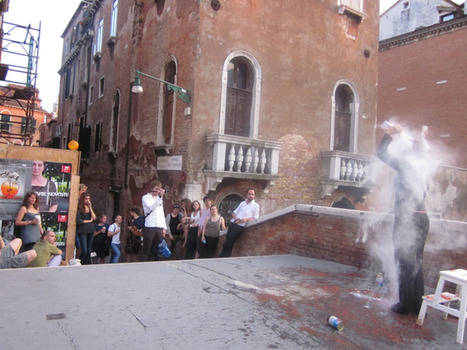 20140315033427-aesthetics_of_emptiness_performance__venice_2011