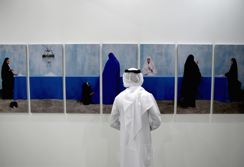 20140325132328-art_dubai_2014_art_dubai_2014_patron_s_preview_2014_getty_images_for_art_dubai_2014__1_