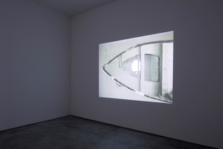 20140416105143-gordon_matta-clark_films_installation_views_galerie_thomas_schulte__berlin__april_5-may17__2014_4