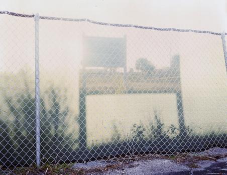 20140420190913-fence__o