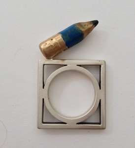 20140506152146-pencil_ring