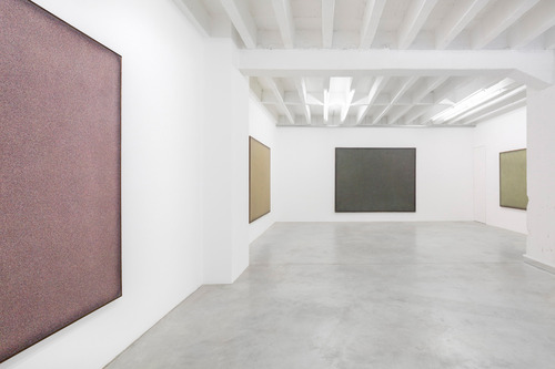 20140514140819-installation_view_1__paul_fa_gerskio_ld___silent_spring___galerie_nordenhake_berlin__photo_credit_-_gerard_kassner