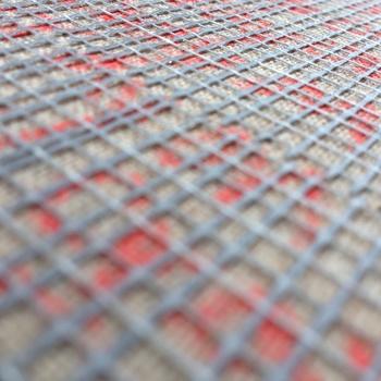 20140616010607-lumber_crayon_gray__detail_