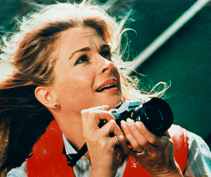 20140801172228-woman-with-a-camera-candice-bergen_minolta-2-2008-c-print-framed-79-x-102-cm