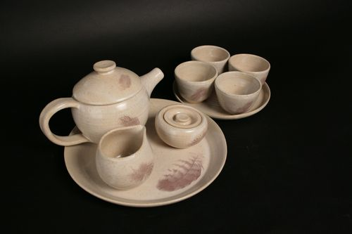 20140815175605-featherteaset_full