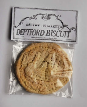 20140824073953-deptfordbiscuit_000
