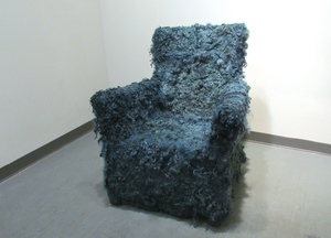 20140911194701-brigitta_varadi_i_am_over_you_sculpture_wool_chair
