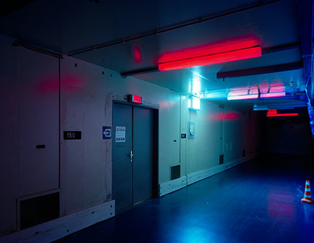 20140913011001-robert_burley_hallway_in_coating_alley_agfa-_gevaert_2007