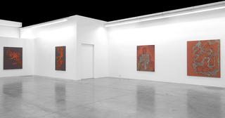 20140922145609-carbon12dubai-try_to_reach_the_goal_without_touching_the_walls-installation_view