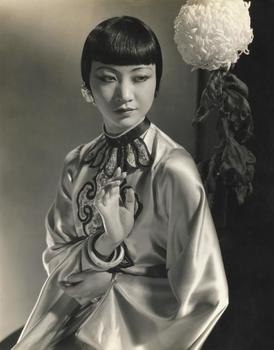 20140923094637-large_05__edward_steichen_l_actress_anna_may_wong__1930_540dba45c4e23