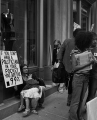 20141001114313-nancy_bechtol_occupy_motherchild9849_wbx